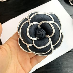 Wholesale i Remiel Korean High grade Flower Brooch Cloth Art Classic Camellia Broche Pins Brooches Women Shawl Shirt Collar Accessories