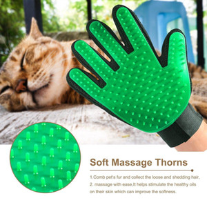 Wholesale New Arrival Pet Dog Shower Comb Efficient Remover Hair Mitt Cleaning Massage Pet Grooming Silicone Gloves