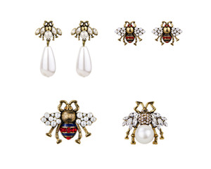 Women Brand Fashion Cute crystal bees stud earrings female vintage pearl earrings enamel animal jewelry wedding brincos accessories