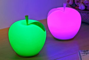 Wholesale New Cute Apple Soft Silicone Lamp USB Charge LED Color Festival Decorative Sleep Night Light Children Gift Apple Lights