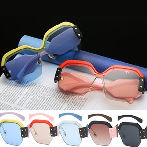 Wholesale Oversized Square Sunglasses Women Fashion Gradient Lens Sun Glasses For Women Brand Luxury Black Coffee Pink Blue Shades