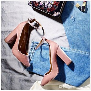 Wholesale Latest Fashion Lady Talons Sexy Pointed Toe Pumps Wine Red Pink Evening Party Shoes Woman Ankle Strap Velvet Block Heels