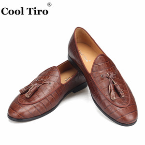Wholesale Cool Tiro Brown Crocodile Loafers Men s Moccasins Slippers Tassels Groom Wedding Dress Shoes Flats Casual Shoes Genuine Leather Formal