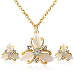 Wholesale 2019 Cute Flower Pendant With Opal Rhinestones Hollow Out Cat s Eye Stone Necklace Earrings Jewelry Set Part Decoration For Girl