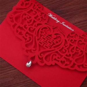 Wholesale Vintage Chinese Style Hollow Out Wedding Invitations Creative Brides Couples Cards Red Cover Foil Stamping Chic Bridal Card