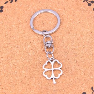 Wholesale New Fashion Keychain mm hollow lucky four leaf clover irish Pendants DIY Men Jewelry Car Key Chain Ring Holder Souvenir For Gift