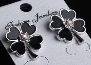 New hot designer four-leaf clover rhinestone earrings ear clip ladies jewelry gift fashion accessories