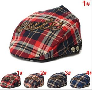 Wholesale Kids toddler letter CUTE printing cap new boys hat classic plaid hat check beret sun flat child beret