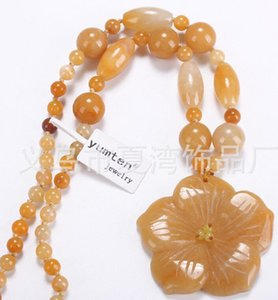 Wholesale New Fine jade Jewelry pretty yellow jade pendant necklace carved rose flower