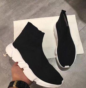 Wholesale Name Brand High Quality Unisex Casual Shoes Flat Fashion Socks Boots Woman New Slip on Elastic Cloth Speed Trainer Runner Man Shoes Outdoor