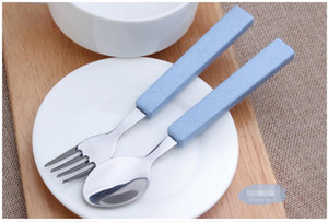 Wholesale Stainless Steel Forks Soup Ladle Tableware Wheat Straw Dinnerware Set ECO Friendly Plastic Handle For Children School Picnic Cutlery