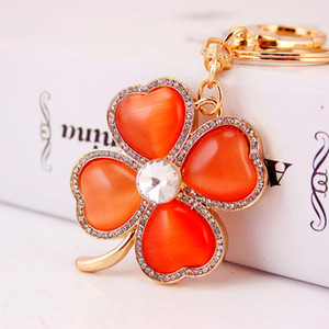 4 Leaf Clover Charm Fashionable Keychain - Sparkling Crystal Rhinestones Key Chain Women Girls Bag Charm Designer Keychains Jewelry