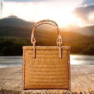 Environmental protection bags Pure handmade high-grade tea ceremony collection bag bamboo woven tea set hand bag fashion environmental prote