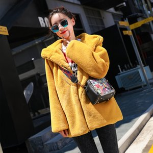 Wholesale GTGYFF zipper design medium hooded faux fake fur jacket coat for women red yellow black thermal warm clothes coats with hood