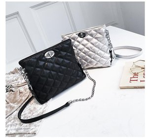 2018 Fashion lattice Style Women's Lady's Shoulder Bags Classic diamond check design Easy to match PU Soft Handbag For Work Party