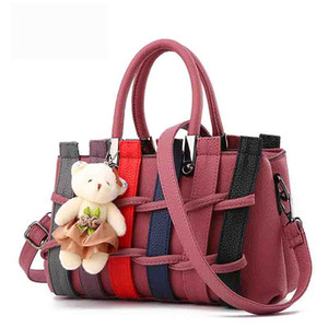 Wholesale 7colors choose Sweet Crochet Korean fashion handbags Weave contrast color tote bag luxury designer shoulder bags with bear crossbody bag