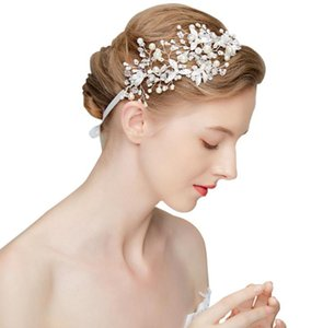 Beautiful bride headwear, European and American silver imitation pearl wedding with beautiful accessories. on Sale