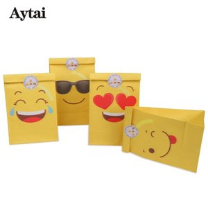 Wholesale Party Favors Emoji Paper Bags Yellow Four Kinds of Funny Expressions Birthday Gift for Kids Gift Bags with Sticker