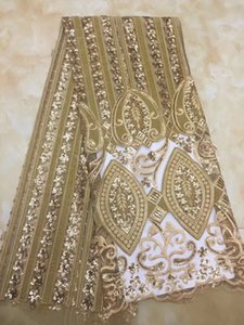 Wholesale QDT1092 yards pc soft African velvet net lace fabric golden French lace fabric with wonderful sequins embroidery for dress