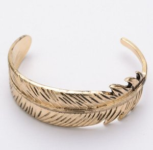 DHL Vintage Gold Plated Feather Bangles for Woman Metal Big Feather Leaf Charms Bracelet Bangles Women Open Size Jewelry Gifts NT