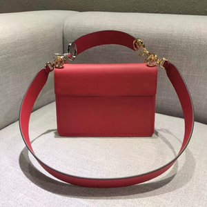 Wholesale 7025Brand new Women Letter Messenger Bag Shoulder Bag fashion chain bag women small package purse with shoulder bags for