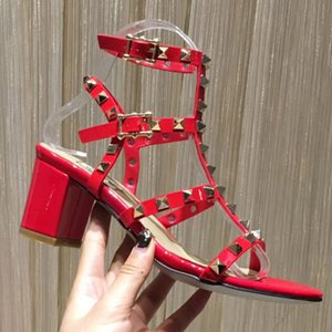 Wholesale 2018 new women high heels dress shoes party fashion rivets girls sexy toe shoes buckle platform pumps wedding shoes