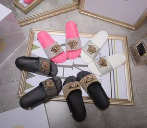 Wholesale New Summer Shoes Couple models rhinestone slippers leather Shoes Fashionable Casual Sandals Female