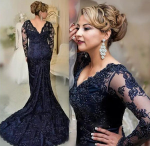 Hot Selling Long Sleeves Court Train Navy Blue Mother of the Bride Dresses with Appliques for Wedding Party on Sale