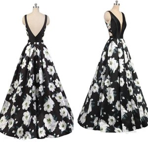 2019 Sexy Printed Flower Evening Gowns V Neck Sleeveless Backless A Line Prom Dresses Ball Gown Long Formal Party Dress on Sale
