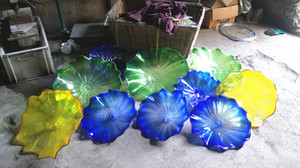Wholesale Style Hand Blown Glass Hanging Plates Wall Art Modern Indoor Decorative Murano Glass Flower Plates Wall Art Lamp
