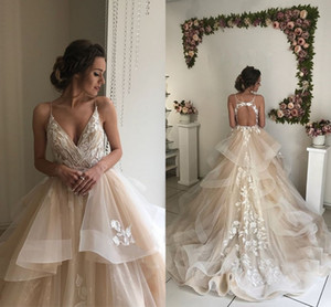 2019 Champagne Ball Gown Wedding Dresses V Neck Spaghetti Straps Appliques Lace Tulle Tiered Backless Bridal Dresses Elegant Wedding Gowns