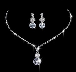 Wholesale New style Sun flower Inlaid Austria Crystal wedding Necklace Earring Two pieces set Made with Swarovski Crystal Glittering Bridal jewelry