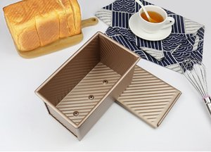 Wholesale Gold wavy toast box g cover with no toast bread mold oven bake tool