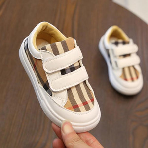 Wholesale Toddler girl shoes Grid Spring autumn skid shoes Hook Loop Casual kids canvas loafers boys sneakers sport black white