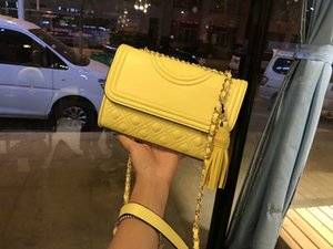 Wholesale 2018 new lady fashion hot woman handbag letter T design chain leather crossbody covertible Diamond Lattice shoulder flap bag yellow