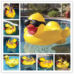 Wholesale 190x155x95cm Inflatable Toys PVC Floats Aeration Giant Yellow Duck Wearing Sunglasses Ride On Water Floats Swimming Ring