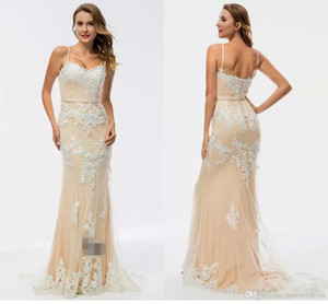Wholesale Champagne And Ivory Elegant Evening Dresses 2019 Spaghetti Sweetheart Applique Beaded Backless Special Occasion Gown Customized Prom Dresses