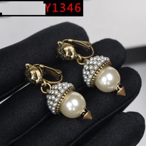Wholesale Factory direct Y1346 new pearl ear clip retro alloy leopard head earrings ancient earrings earrings