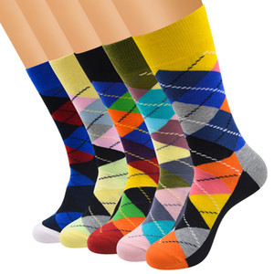 Wholesale 2018 hot selling mens womens brand new business funny socks colorful Diamond lattice long crew cotton socks pairs