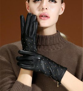 Women winter fur top quality Genuine Leather Sexy Luxury Driving touch screen gloves Zipper rivet punk soft warm sheepskin finger gloves