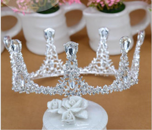 Wholesale European and American luxurious retro cake crown Queen's silver crowned crown bride