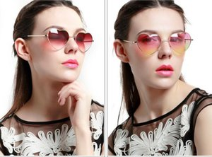 Fashion Heart-shaped Sunglasses for Girl Retro Metal Frame Pink Mirror Sunglasses Women Vintage Sun Glasses Outdoor Eyewear 200pcs