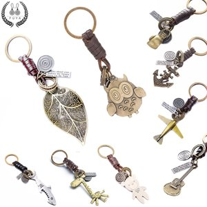 Wholesale 2018 Fashion women men jewelry keychain New Owl handbags pendant genuine leather key chain chains ring holder chaveiro