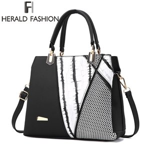 Wholesale Herald Fasion Women Brand New Design Handbag Black And White Stripe Tote Bag Female Shoulder Bags High Quality PU Leather Purse