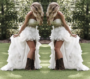 Wholesale Hi lo White High Low Country Style Wedding Dresses Sweetheart Ruffles Organza Asymmetrical Fitted Bride Bridal Gowns