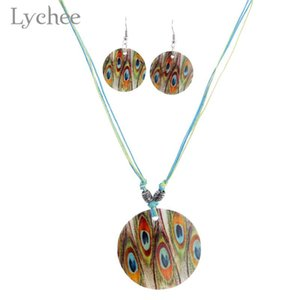 Wholesale Lychee Bohemia Peacock Natural Shell Jewelry Set Necklace Earrings Colorful Round Pendant Ethnic Necklace Earrings Jewelry Sets