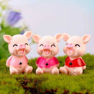 Wholesale Colorful Smiling Pig Cartoon Animal Doll Ornament Miniature for Desktop Fairy Garden Decoration Keychain Accessory Resin Craft DIY Zakka