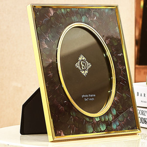 Wholesale Peacock Feather Photo Frame Home Decoration Creative Crafts European Style House Decoration Photo Frame