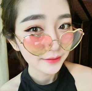 Wholesale Fashion Heart shaped Womens Sunglasses Love Modern Retro Sunglasses Reflective Lens Outdoor Sun Glasses metal Frame Sunglasses A647