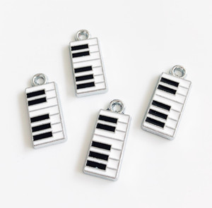 Wholesale 10pcs Enamel Piano Hang Pendant Charms Fit DIY Accessories Phone Strips Wristband Belt Tags Collar Keychain